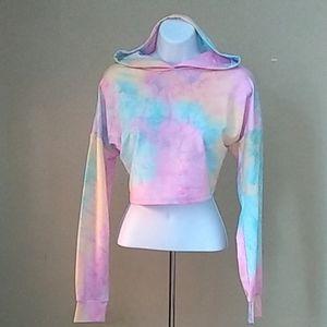 NWOT!! Women's Tie Dye Hooded Crop Top SZ Medium